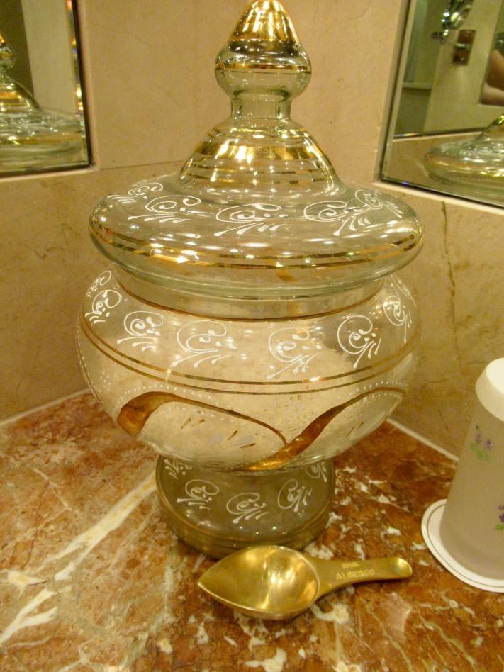 beautiful details: bath salts