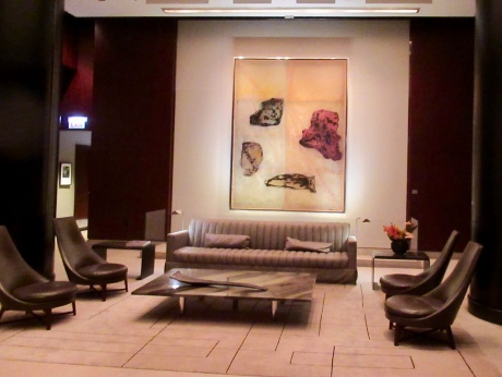 the lobby at the park hyatt chicago