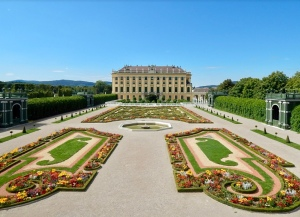 the garden at schönbrunn