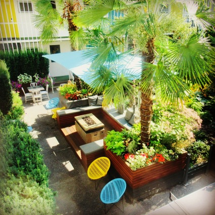 the inner outdoor courtyard