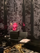 jeff Koons in the Bisha lobby