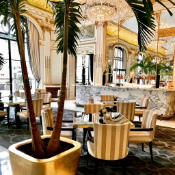 the lobby restaurant at the peninsula paris