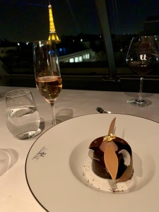 l'oiseau blanc at the peninsula paris