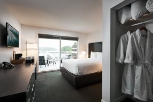 Tofino Resort & Marina